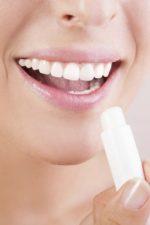 Губная помада гигиеническая – Гигиеническая губная помада: состав, как сделать и как выбрать гигиеническую помаду для губ