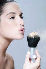 Пудра для жирной кожи лица – Пудра для жирной кожи: какую лучше выбрать, топ-5 популярных матирующих средств