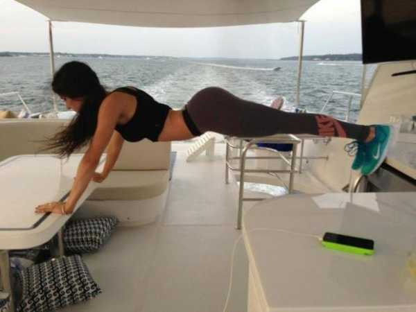 Фотографии йоги женские драки новые